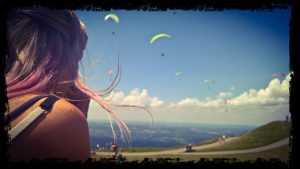paragliders on the Le Puy volcanos