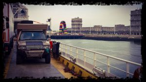range rover overlander 4x4 on portsmouth ferry