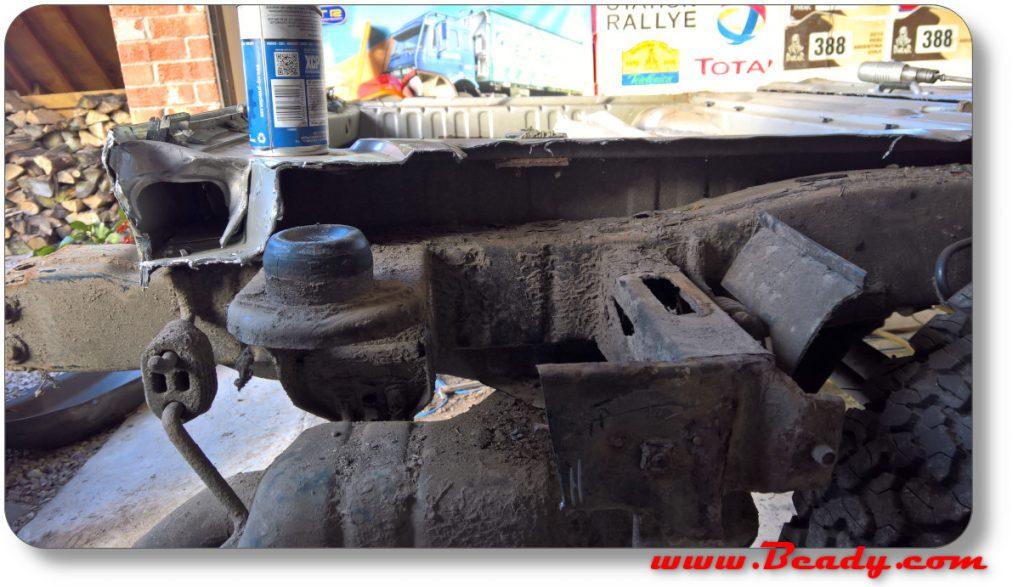 Range rover floor cutaway rear mount