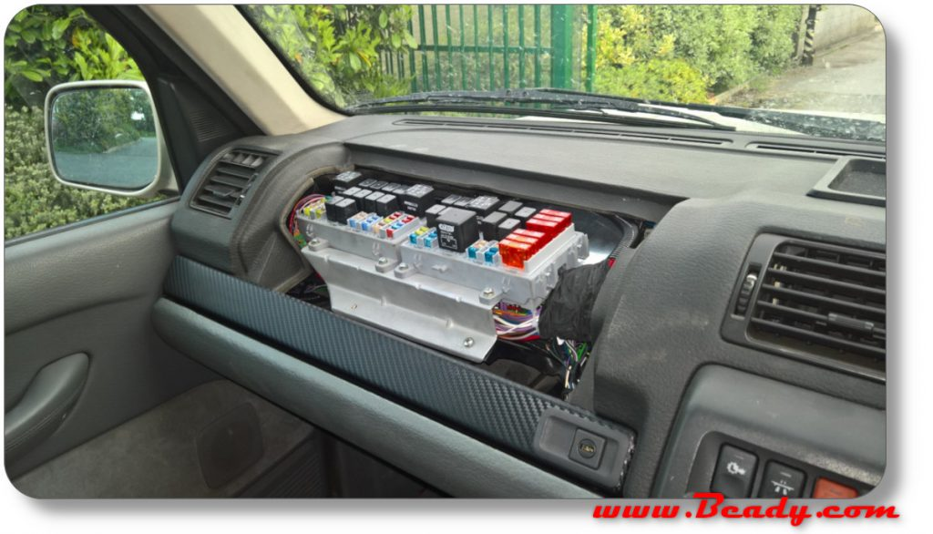 cutom fuse box for range rover