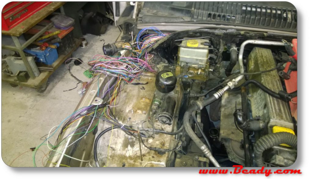 1000's of wires to be reworked on range rover wiring loom